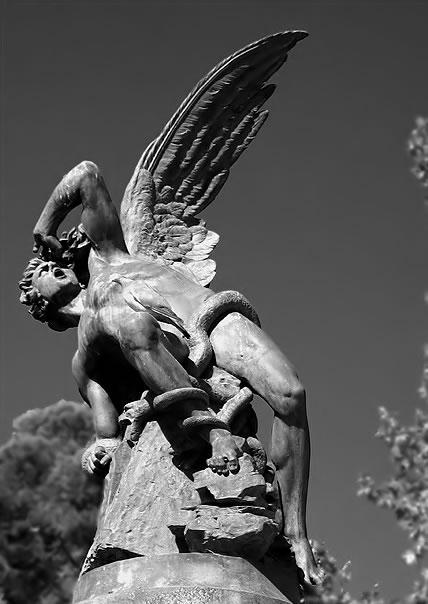 Estatua de Lucifer em Madrid