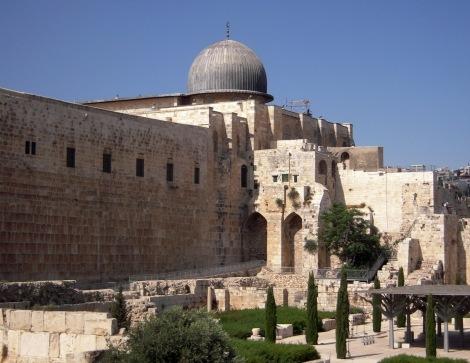 A Mesquita Al-Aqsa, vista de fora (vista do Sul e por fora da Velha Cidade de Jerusalém)