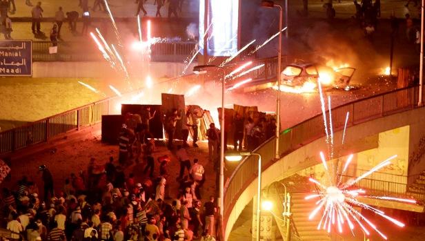 Choques violentos nas pontes de acesso à praça Tahrir, Cairo, 5 de Julho de 2013