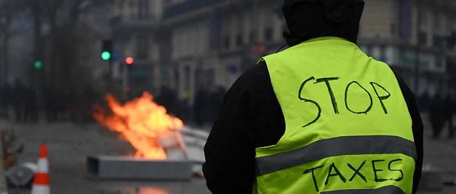 Stop aux Taxes - Gilets Jaunes.jpg