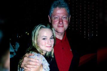 Davies afirmou sempre que nada de impróprio ocorreu entre ela e Clinton